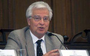 Fracasso do sistema chileno atesta que previdência deve proteger os mais pobres