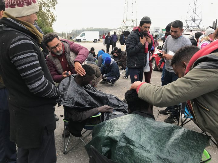 Calais_refugiados_ayuda_Care for Calais (21)