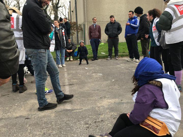 Calais_refugiados_ayuda_Care for Calais (9)