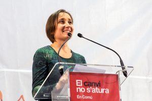Diputada española denuncia connivencia entre laboratorios farmacéuticos y ciertos partidos políticos