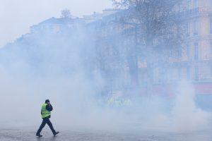 Rétentions, répression et violence : les méthodes du gouvernement pour en finir avec les gilets jaunes