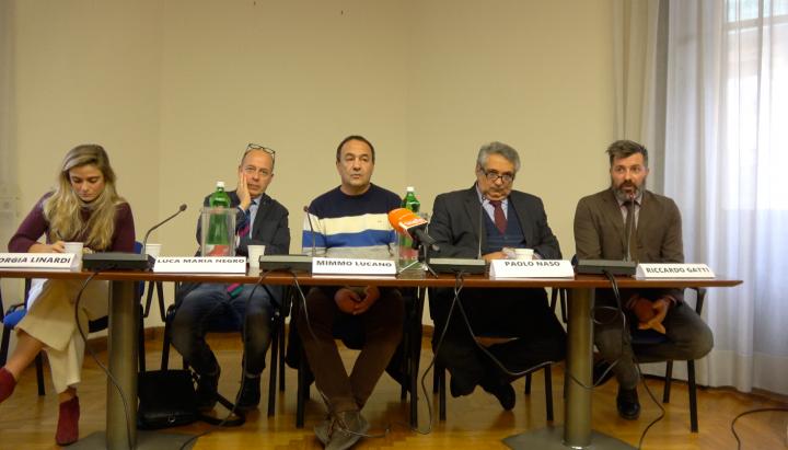 Mimmo Lucano: «Hay otra narrativa que hace madurar una nueva conciencia»
