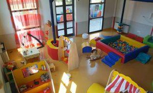 Negli asili di Codroipo vietati bambolotti di colore: cancellati riferimenti a culture diverse