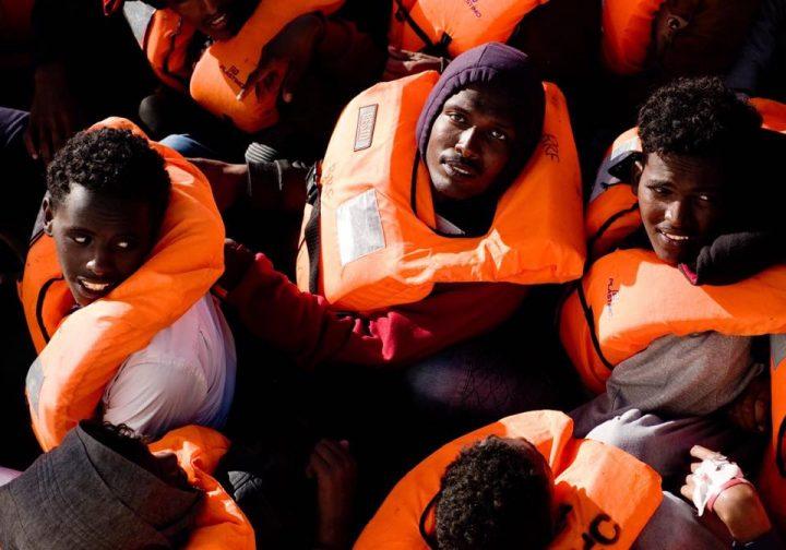 Lampedusa, nuovi sbarchi