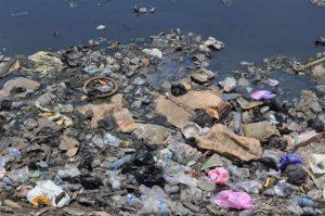 Residuos marinos convierten a la Tierra en un planeta de plástico