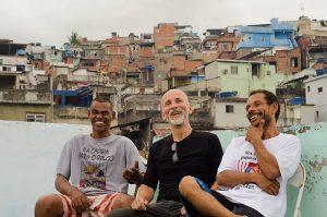 Da prisão para os palcos: A história de três homens livres pelo teatro