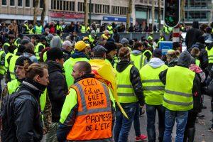 """Gabriela Bravo """"Los chalecos amarillos son todos los perdedores de la mundialización"""""""