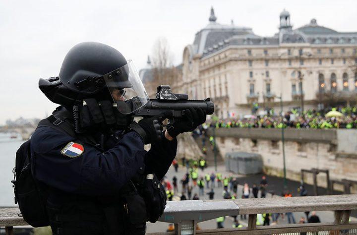 Los 'chalecos amarillos' toman las calles de Francia por octava semana consecutiva