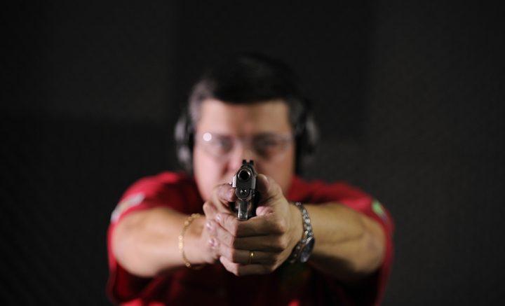 ¿Quién gana y quién pierde con la liberación de armas de fuego en Brasil?