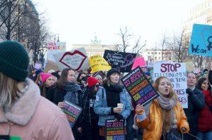 Marche des femmes à Berlin : «Les femmes sont le mur et Trump paiera»