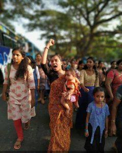 Inde : des millions de femmes dans la rue contre le conservatisme religieux