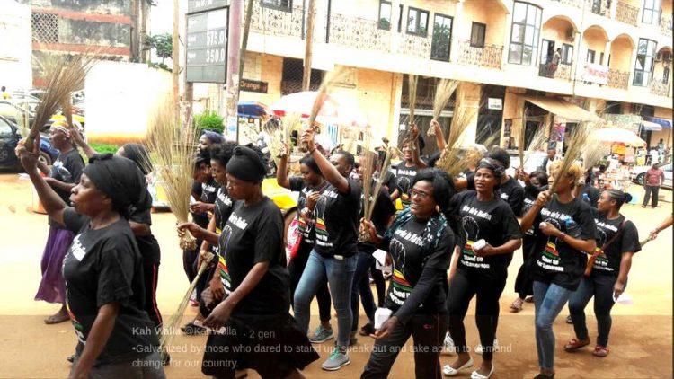 Manifestazioni in Cameroum - Fonte Kat Walla Twitter