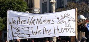Η υπεύθυνη στάση των θεσμικών παραγόντων αδιαπραγμάτευτο ζητούμενο στη διαφύλαξη της κοινωνικής ειρήνης