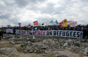 Siracusa, Napoli, Genova, Castelnuovo di Porto: l'Italia solidale alza la testa