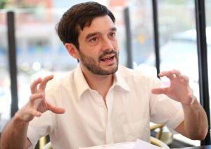 Bustinduy (Podemos): «No puede llamarse demócrata quien apoye un golpe militar o una guerra en Venezuela»
