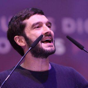 Pablo Bustinduy: αν η ΕΕ διέσωσε κάποιον στην Ελλάδα, ήταν οι γερμανικές τράπεζες