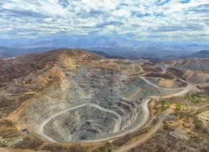 Gobierno de México revisará más de cinco mil concesiones mineras