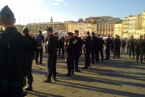 Marseille: 12 Gilets Jaunes séquestré-e-s à ciel ouvert
