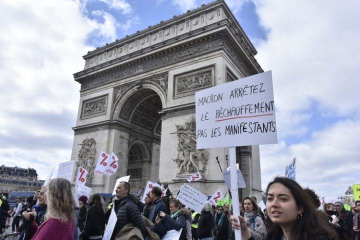 La marche du siècle : vers un printemps révolutionnaire ?