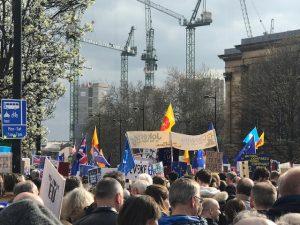Más de un millón de personas marchan en Londres para detener el Brexit