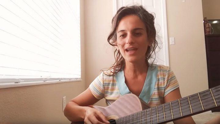 «El patriarcado no se va a caer, lo vamos a tirar»: Cómo 'usar' el machismo para un himno feminista