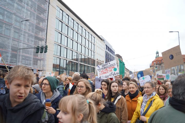 Fridays_for_Future_Klimastreik_Berlin_08337