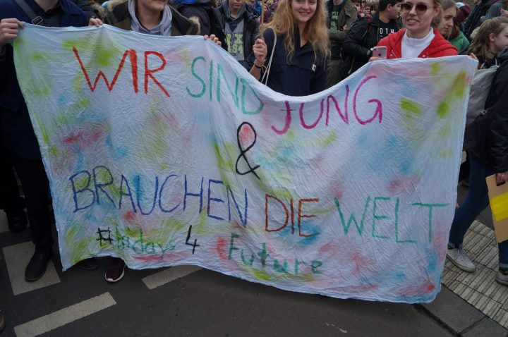 Fridays_for_Future_Klimastreik_Berlin_08352