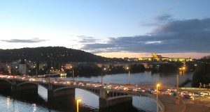 Praga celebra 20 años en la OTAN: ¿es éste el camino correcto?
