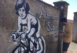 Usa la bici: la miglior forma di street art politica è pedalare