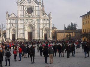 A Firenze in Piazza Santa Croce l'Italia che R-esiste