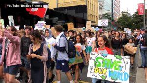 Escolares de más de 100 países en huelga para exigir acción contra el cambio climático