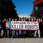 Nem tartanák tiszteletben az emberi jogokat a halálos autonóm fegyverek –   az emberek többsége a gyilkos robotok betiltását támogatja