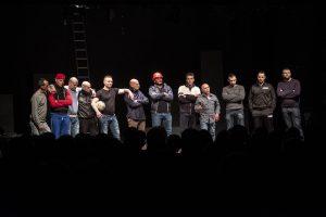 Teatro Rebibbia. «Cien cartas. De las barras a las estrellas», prisioneros-actores enseñan que una humanidad creativa es posible