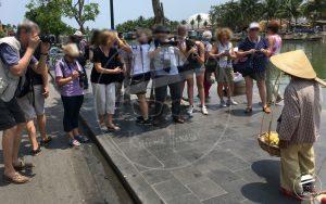 Turistas en el país de las maravillas: El efecto espejo de la fotografía. ¿La presencia o ausencia del derecho a la imagen les da derechos a todos?
