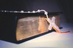 """L'avvocata della Sacra Rota contro il Congresso di Verona: """"Altro che cattolicesimo, manipolano il Vangelo"""""""