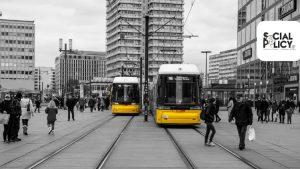 Βερολίνο: Μείωση στην τιμή των εισιτηρίων μέσων μεταφοράς ευαισθητοποιεί για το έμφυλο μισθολογικό χάσμα