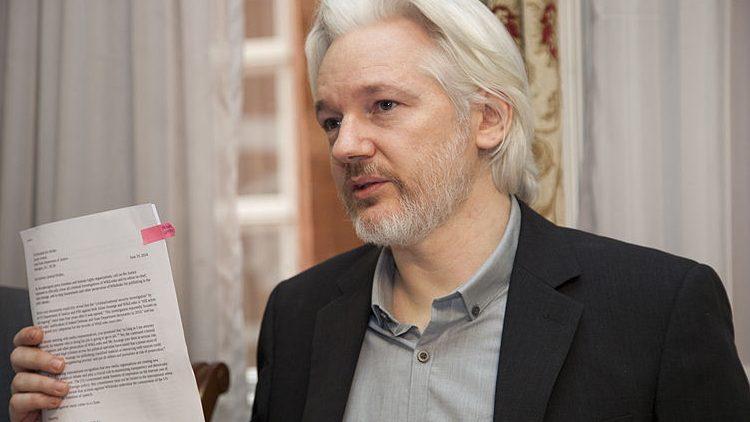Conferenza stampa Assange