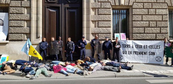 [Extinción Rebelión Francia] Acción no violenta para apoyar al mundo agrícola