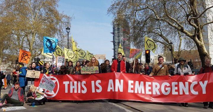 «Ya No Hay Tiempo Para Excusas»: Las Protestas de Extinction Rebellion Paralizan Las Ciudades Europeas