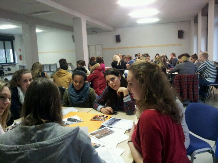 """""""Conoscere Per Fare La Pace"""" a Scuola per Costruire Ponti di Pace"""