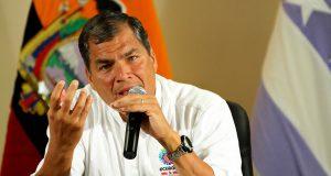 "Correa llama mayor ""traidor"" a Moreno por retirar asilo a Assange"