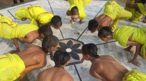 El orfanato de yoga en Varanasi, India