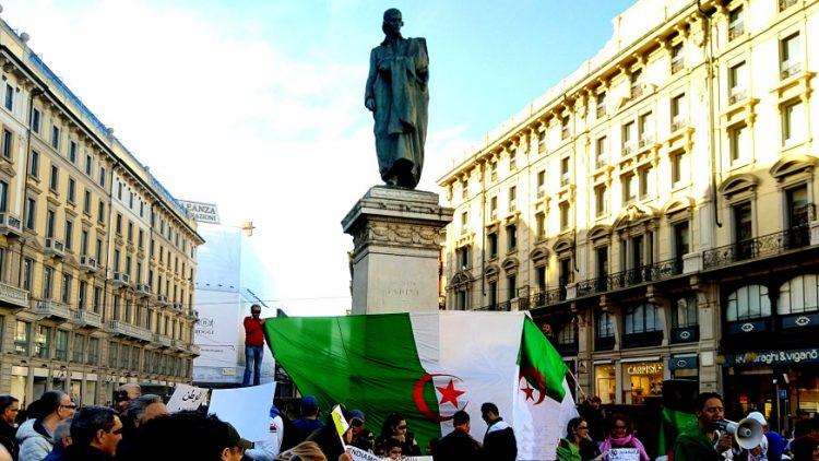 Manifestazione algerini a Milano