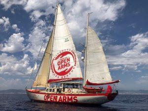 Open Arms inizia una nuova missione nel Mediterraneo centrale a bordo di Astral