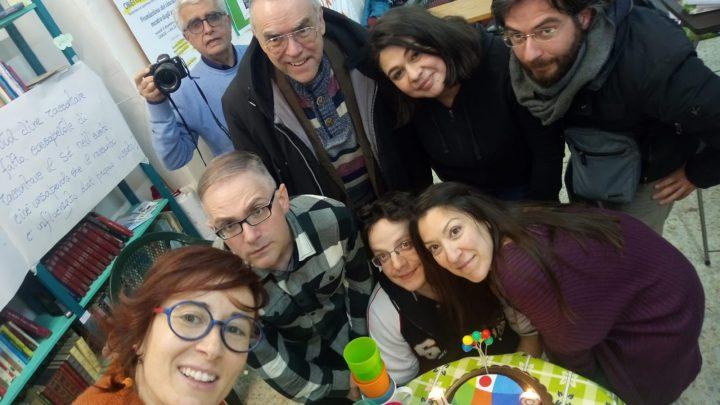 Napoli: celebrati i 10 anni di Pressenza con un incontro tra giornalisti e attivisti