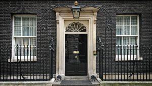 Die britische Regierung verletzt selbst Rechtsprinzipien auf die sie sich beruft