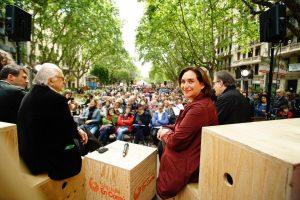 Més de 200 persones i organitzacions d'arreu del món signen una carta dirigida als veïns i veïnes de Barcelona