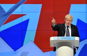 "Boris Johnson responde na Justiça por ""mentir"" sobre Brexit"
