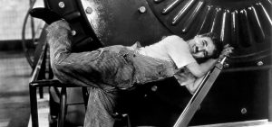 """Chaplins """"Moderne Zeiten"""" – ein noch immer moderner Film"""