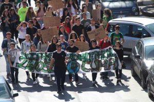 Fridays For Future: Alcamo, un centenar contra la emergencia climática
